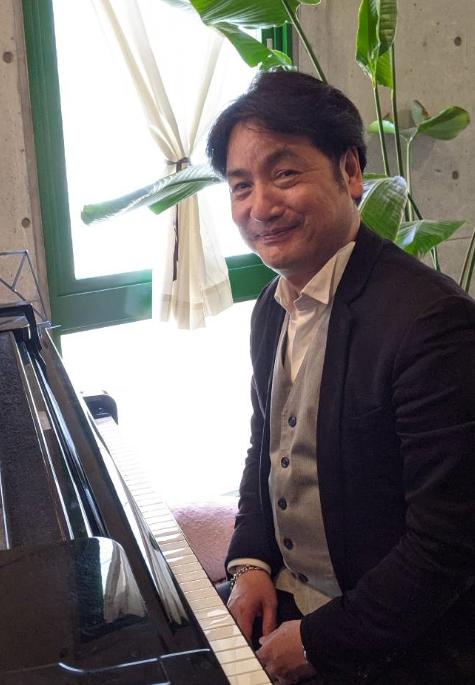 ピアノ 畑本 浩
