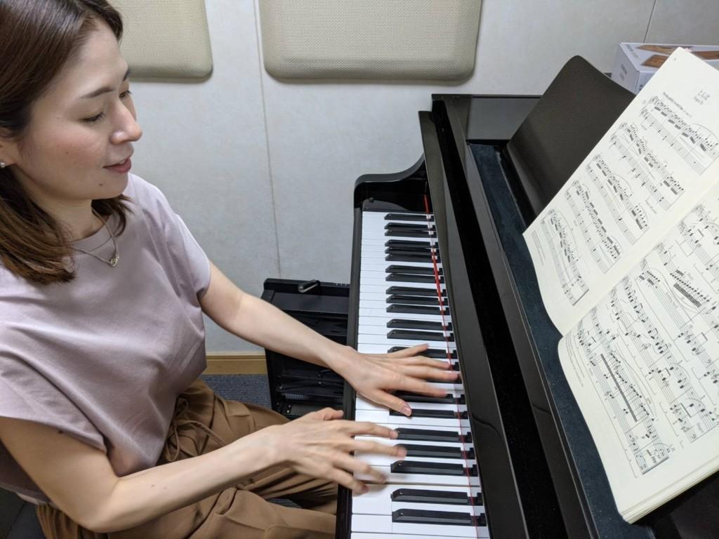 ピアノ  井上 亜依子3