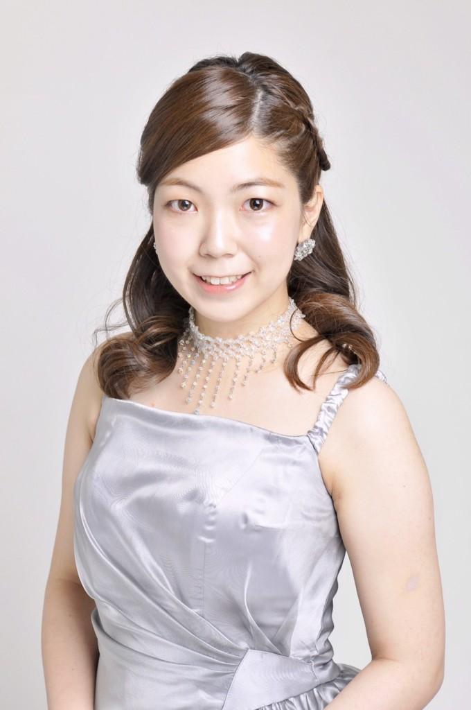 ピアノの小澤先生が新しく入られました!